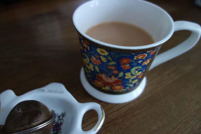 Teetä lämmikkeeksi
