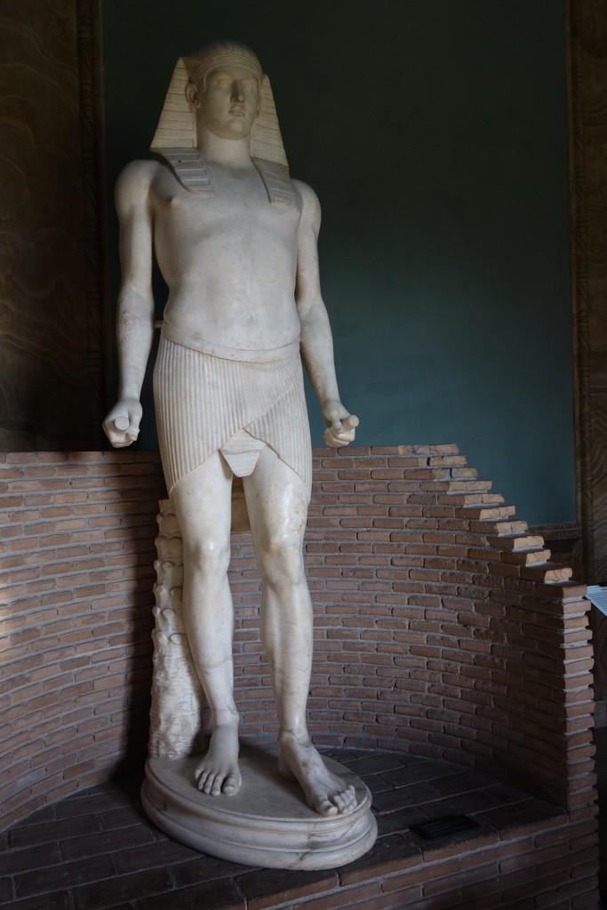Egyptiläinen patsas